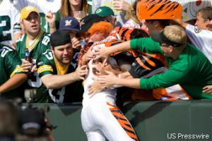 Chad Ochocinco doing his Lambeau leap